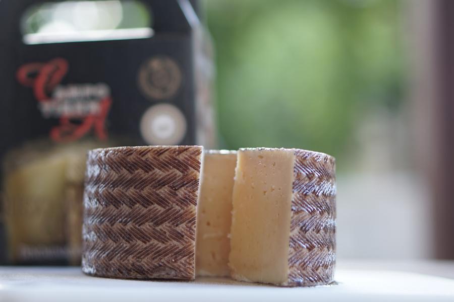 Como cortar o queijo corretamente